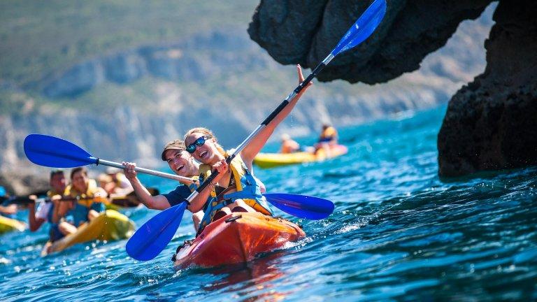 Passeio de kayak - Enseadas do Espichel