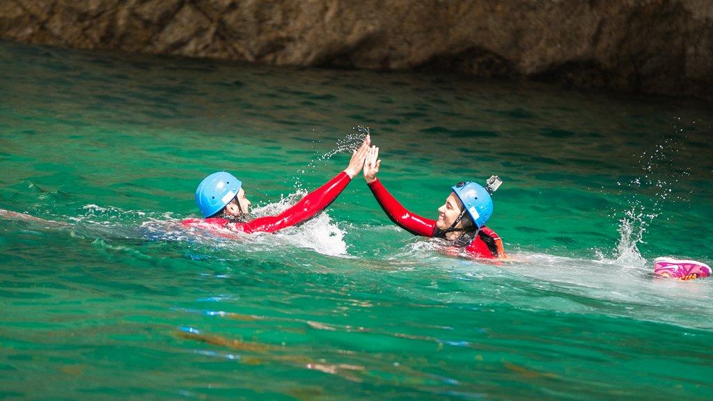 Team Building - Coasteering Challenge