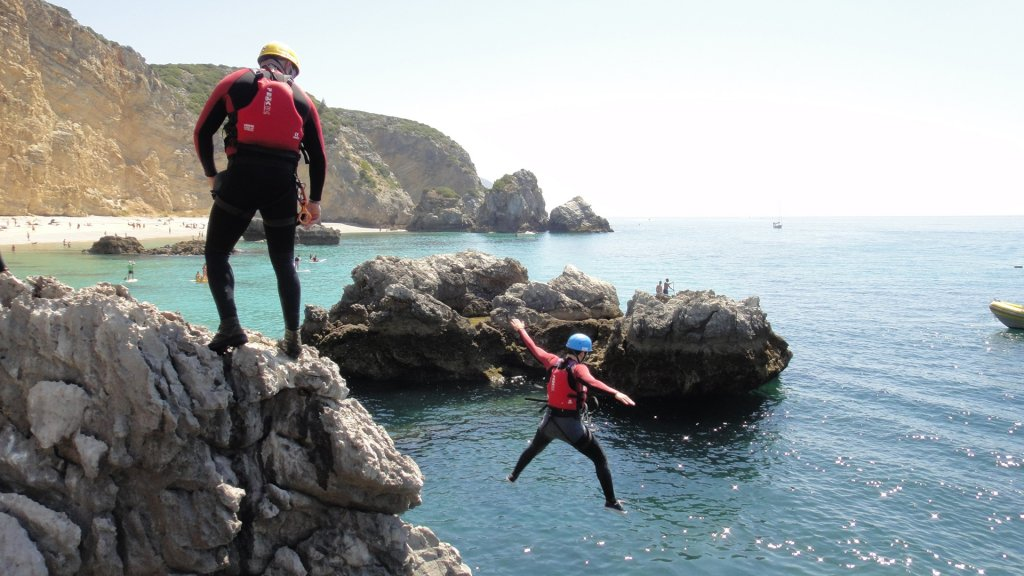 Team Building - Coasteering Challenge