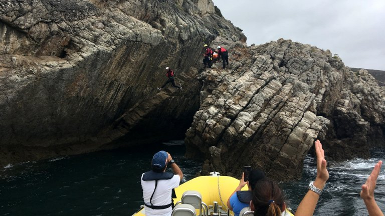 Team Building - Seafari Boat Challenge